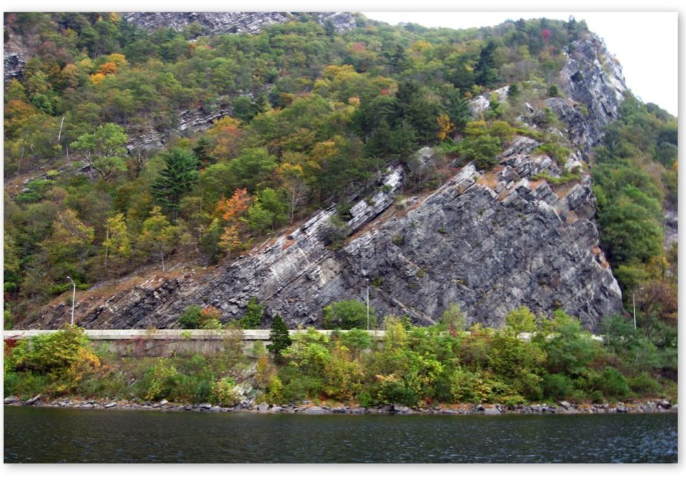 One of the mammoth rock walls that loom over I-80 in the Delaware Water Gap in the area between milepost 1.15 and 1.25. PHOTO FROM NJDOT